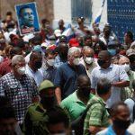 Miles de personas protestan en Cuba en contra del Gobierno que pide a sus partidarios salir a las calles